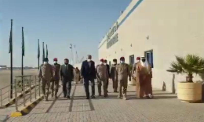 آرمی چیف سرکاری دورے پر سعودی عرب پہنچے—فوٹو: اے پی پی