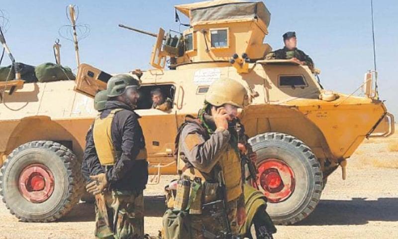 افغانستان کے جنوبی صوبے ہلمند میں گزشتہ ہفتے سے شدید لڑائی جاری ہے — فوٹو: اے ایف پی