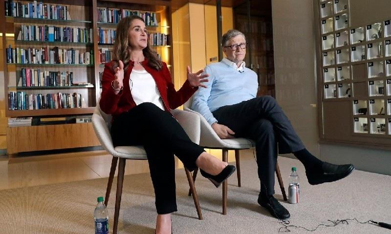 بل اور ملنڈا گیٹس کے تعلقات بھی کمپنی میں کام کے دوران استوار ہوئے تھے—فائل فوٹو: اے پی