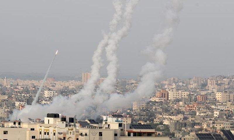 اسرائیلی وزیراعظم نے حالیہ راکٹ حملوں پر حماس پر سرخ لکیر عبور کرنے کا الزام عائد کیا—تصویر: رائٹڑز