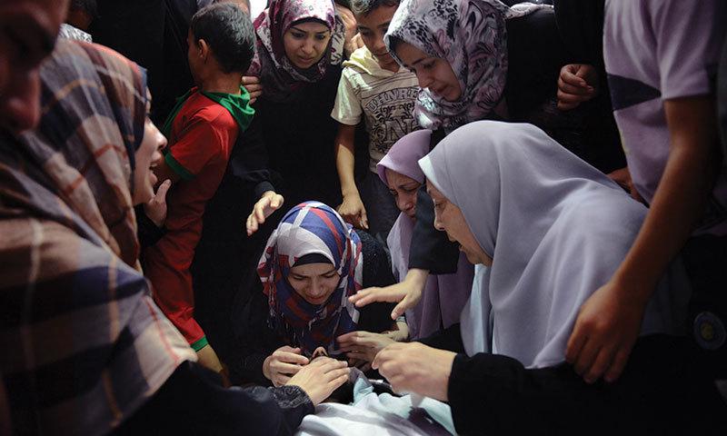 فلسطین میں اسرائیلی حملوں پر حکومت اور اپوزیشن رہنماؤں کی شدید مذمت