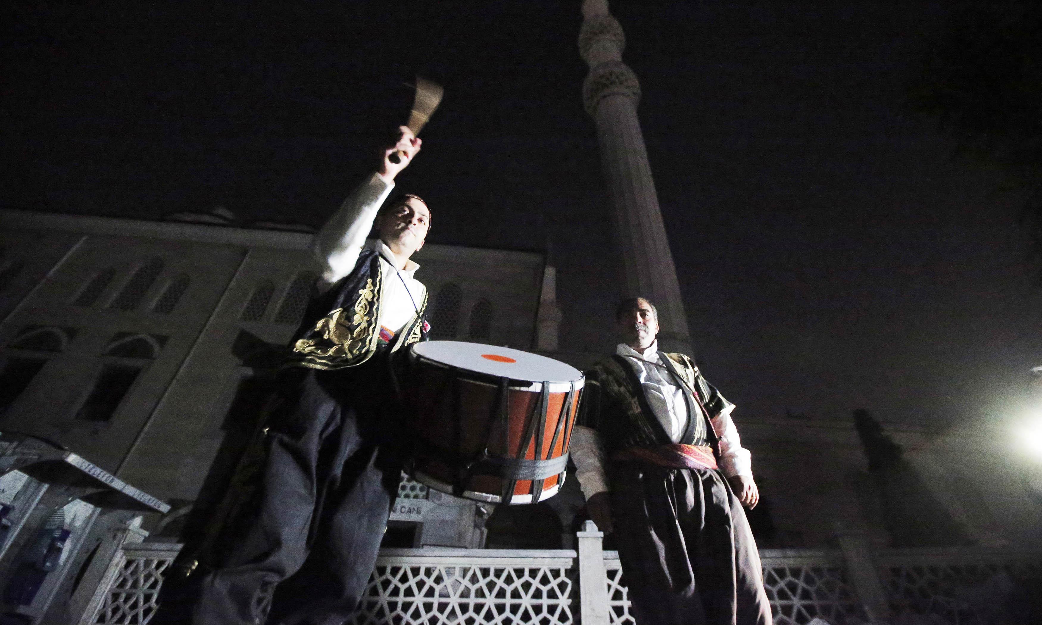 سحری میں ڈھول بجانے کی روایت کس خطے سے شروع ہوئی؟
