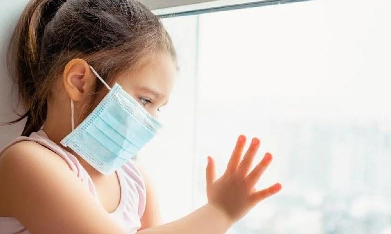 کووڈ 19 سے متاثرہ بچوں میں بیماری کی علامات بالغوں سے مختلف ہوتی ہیں، تحقیق