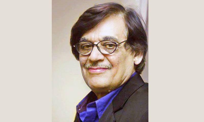 پاکستان میں پتلی تماشے کے فن کو تھیٹر کے منچ پر رفیع پیر نے متعارف کروایا تھا جبکہ ٹیلی وژن پر فاروق قیصر نے پیش کیا