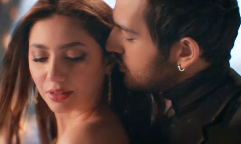 'تو' میں ماہرہ خان اور اذان سمیع خان کا رومانس مداحوں کو بھا گیا