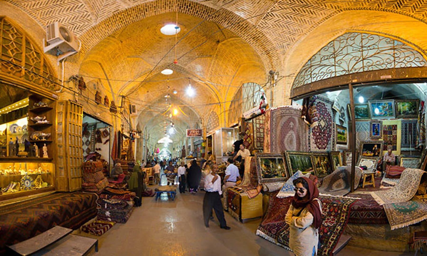 وکیل بازار، شیراز