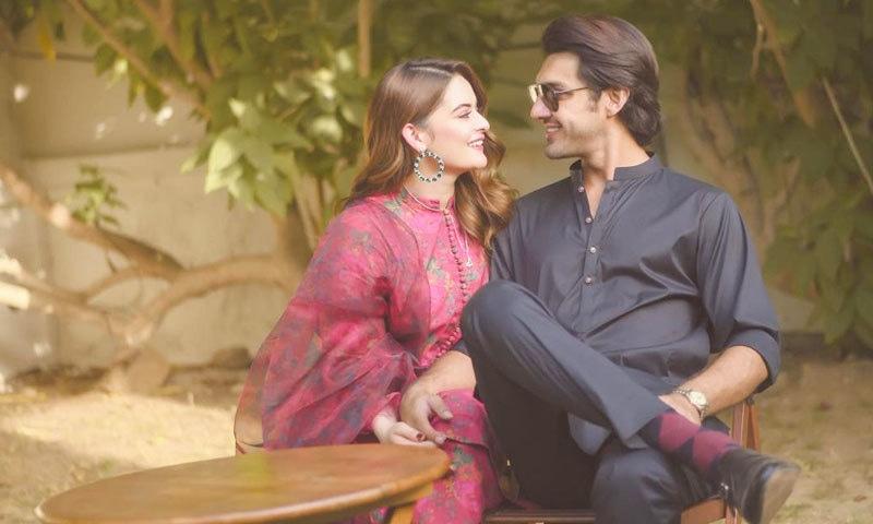 انگوٹھی پہننے کے تین ماہ بعد منال خان نے منگنی کرلی