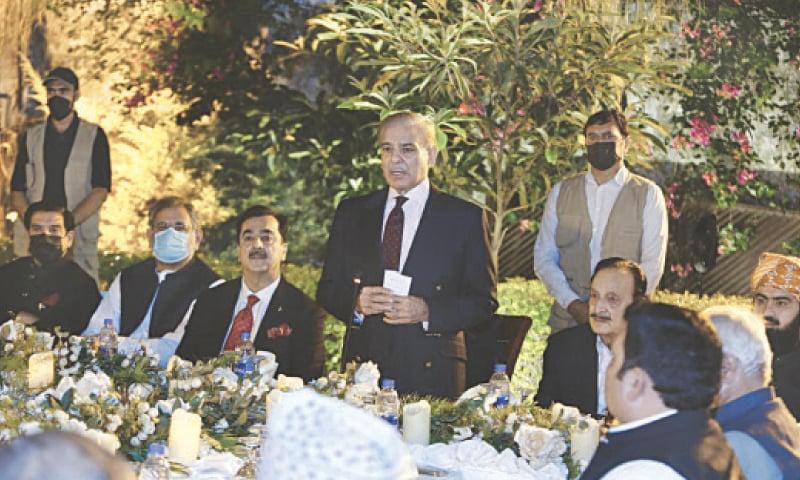 PML-N president Shehbaz Sharif speaking at the reception. —Tanveer Shahzad / White Star
