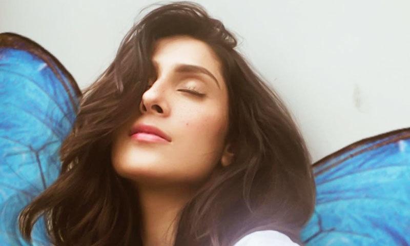 عائزہ خان کو ٹک ٹاک ویڈیو کے لیے بھارتی گانے پر پرفارمنس مہنگی پڑگئی