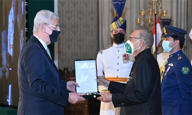 اقوام متحدہ کی جنرل اسمبلی کے صدر کو ہلال پاکستان ایوارڈ سے نواز دیا گیا