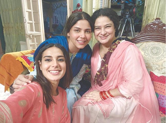 Sania Saeed with her co-stars from Raqeeb Se, Hadiqa Kiani and Iqra Aziz