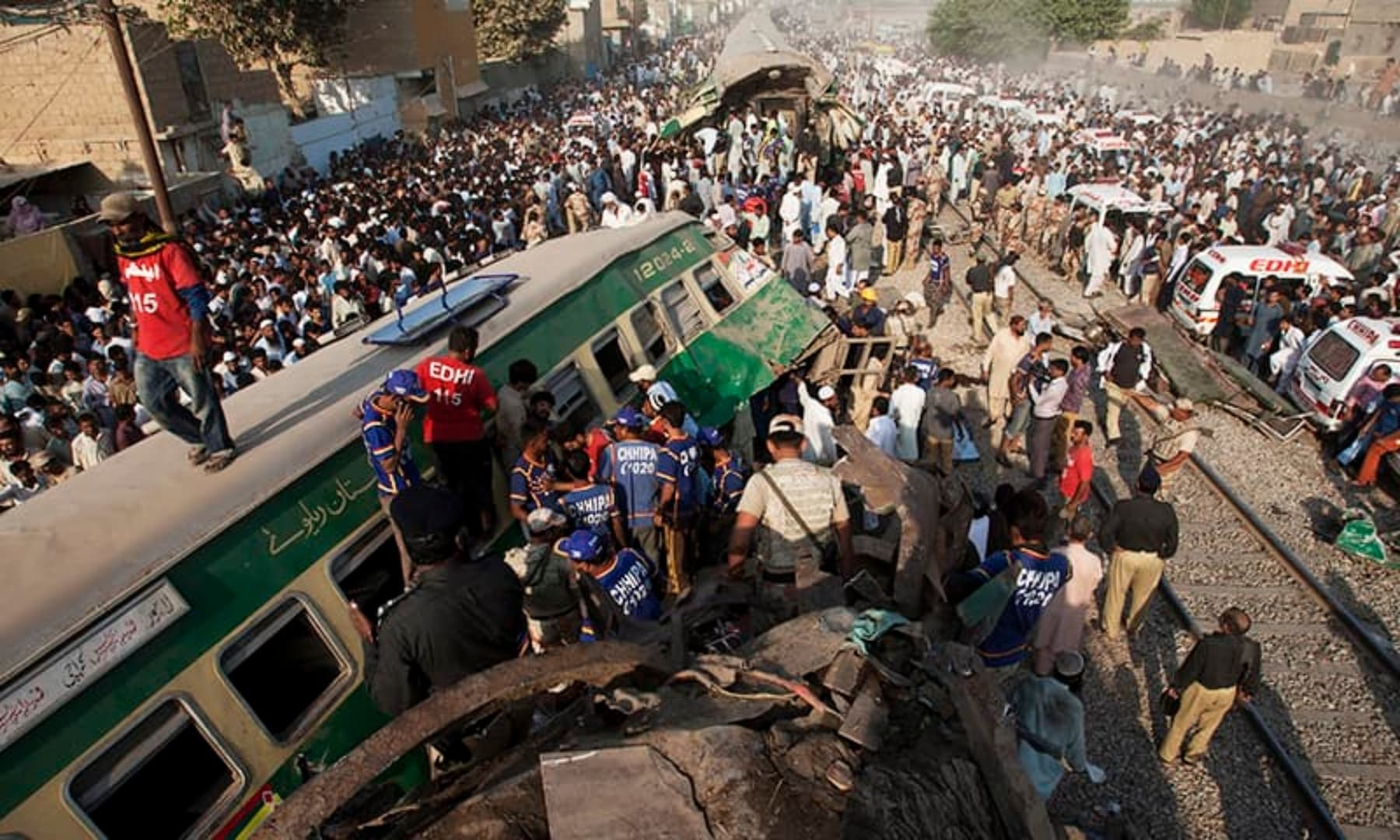 People look for victims in the wreckage of the trains in Karachi, Nov 3, 2016. — AP/File