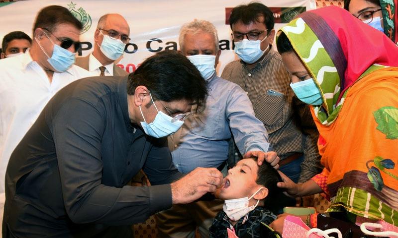 وزیراعلیٰ سندھ نے پولیو مہم کا افتتاح کیا—تصویر: سی ایم سندھ
