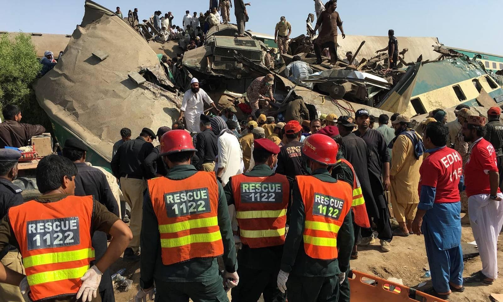 حادثے میں 100 سے زائد افراد زخمی ہوئے ہیں—فوٹو: رائٹرز