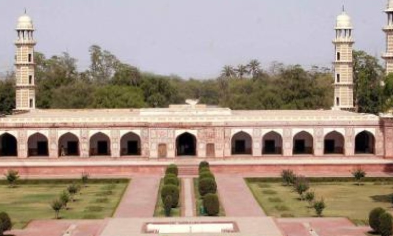 Mughal Emperor Jahangir's Tomb at Shahdara needs urgent and comprehensive conservation costing around Rs100m to save the monument from further decay. — Photo courtesy Punjab Archaeology Dept website