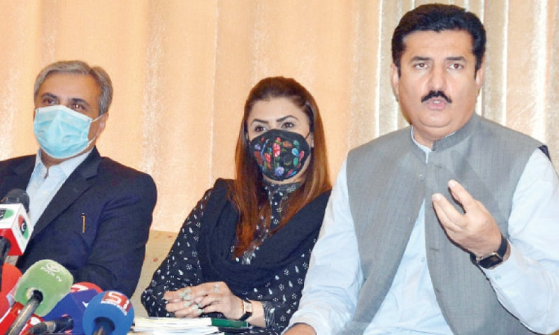 PPP leader Faisal Karim Kundi addresses a press conference on Tuesday. MNA Shazia Marri is also seen. — INP