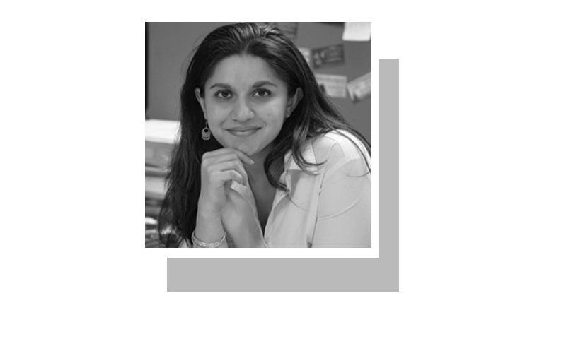 رافعہ ذکریا وکیل اور انسانی حقوق کی کارکن ہیں۔