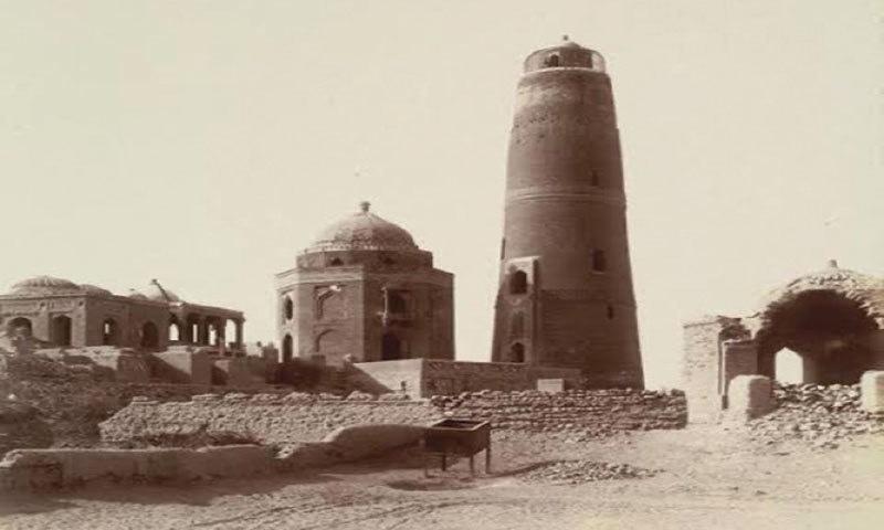 Masoom Shah Menara, Sukkur