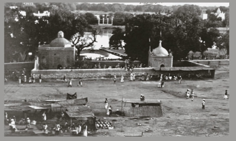 Masjid Manzilgah on the banks of the Indus river