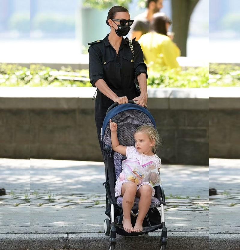 ایرینا شایک ایک بچی کی ماں ہیں—فائل فوٹو: اسپلاش نیوز