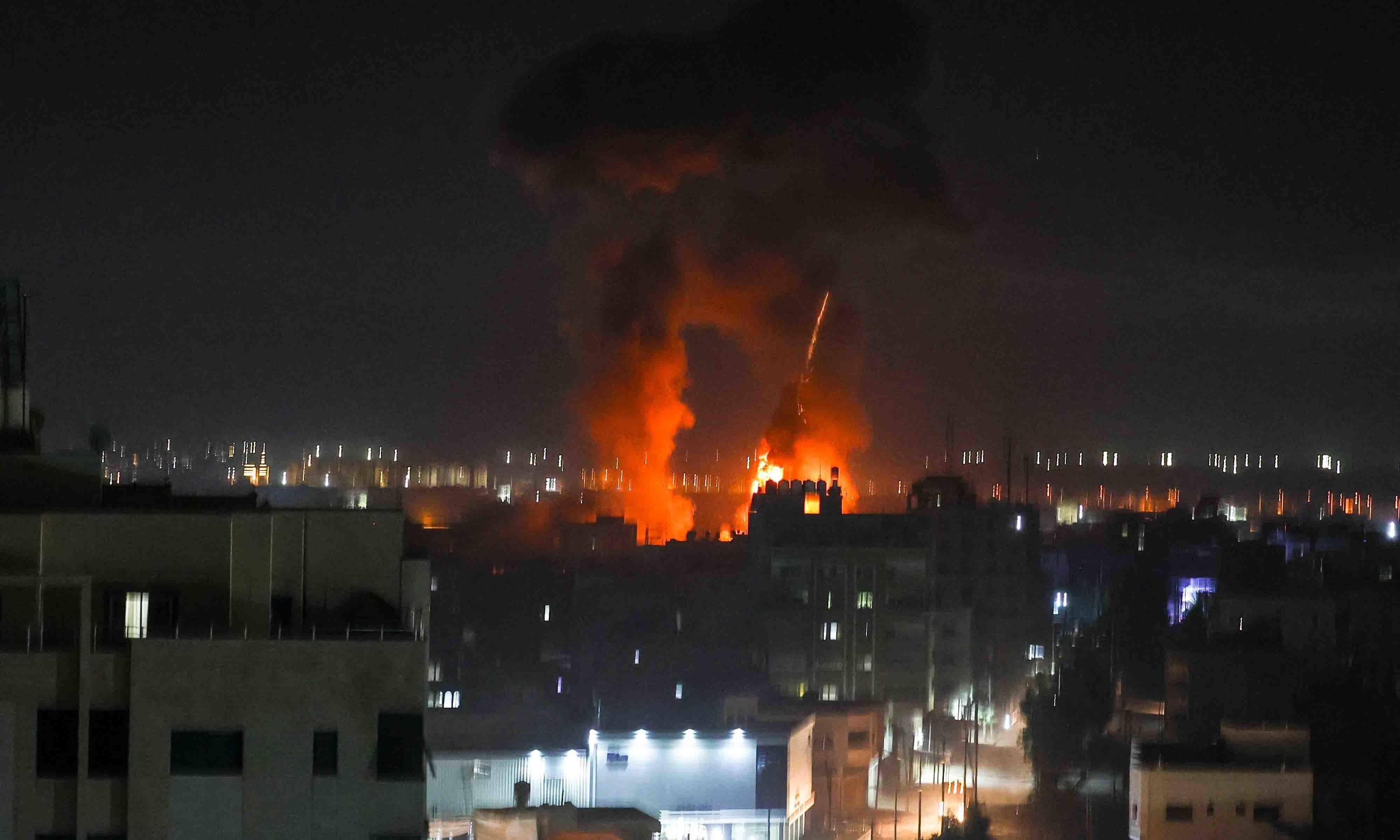 اسرائیل کے غزہ پر پھر فضائی حملے، فائرنگ سے فلسطینی خاتون جاں بحق