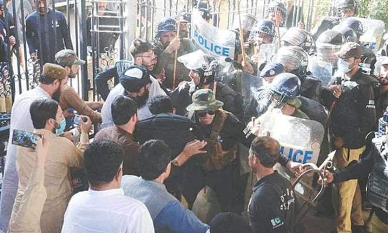 In this file photo, police try to disperse the opposition MPAs and their supporters who had gathered on the premises of the Balochistan Assembly to prevent the treasury members from entering the house on June 18. — PPI/File