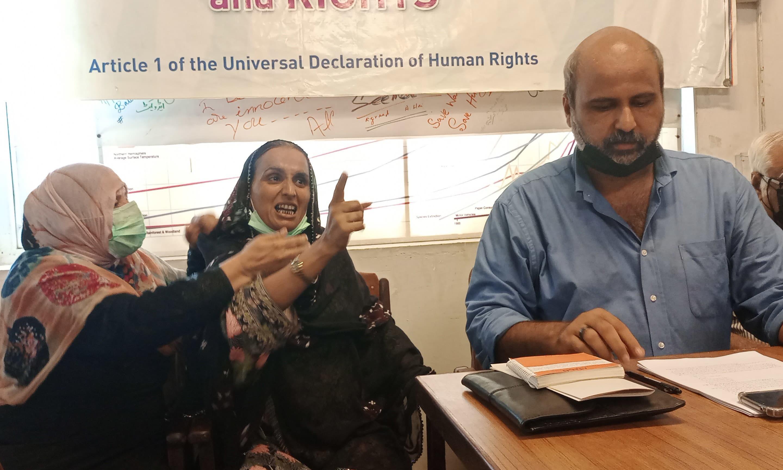 انہوں نے کہا کہ سن 2020 کے آخر تک سندھ میں 513 قیدیوں کو سزائے موت کا سامنا کرنا پڑا—فائل فوٹو: شازیہ حسن