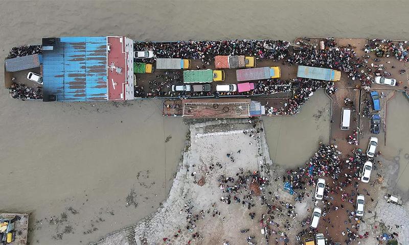 بنگلہ دیش میں لاک ڈاؤن نافذ، ڈھاکا میں ہزاروں افراد مشکلات کا شکار