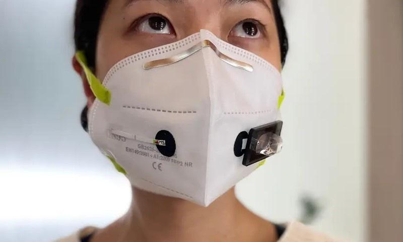 ایسا منفرد فیس ماسک جو سانس سے ہی کووڈ کی تشخیص کرسکتا ہے