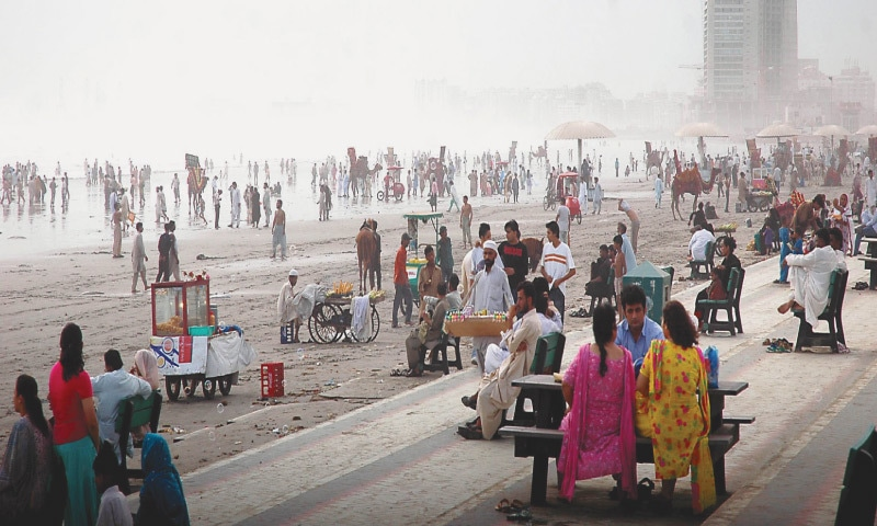 A majority of the women surveyed only feel safe visiting Clifton Beach with company | Fahim Siddiqi/White Star