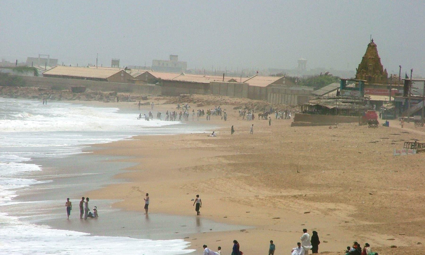 منوڑہ ساحل