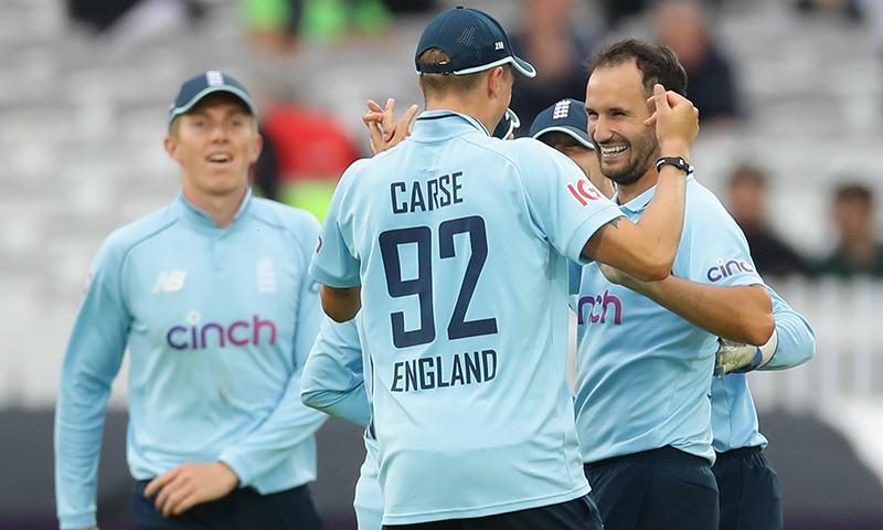 دوسرے ون ڈے میں پاکستان کو 52رنز سے شکست، سیریز انگلینڈ کے نام