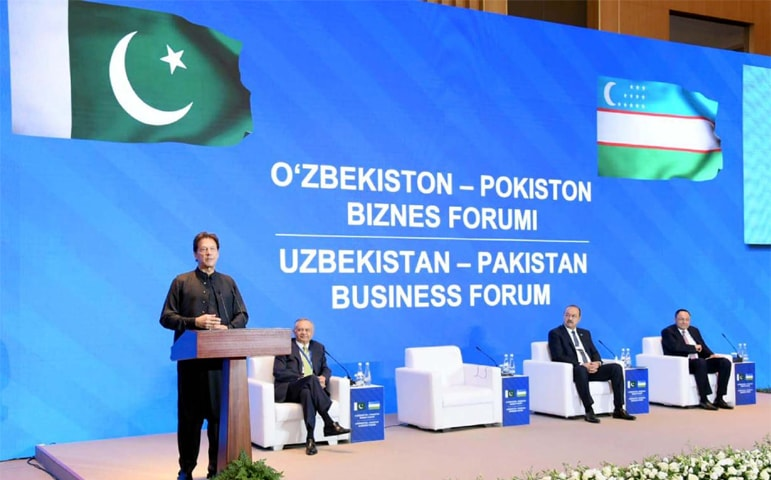 TASHKENT: Prime Minister Imran Khan addressing a meeting of the Uzbekistan-Pakistan Business Forum on Thursday.—PPI