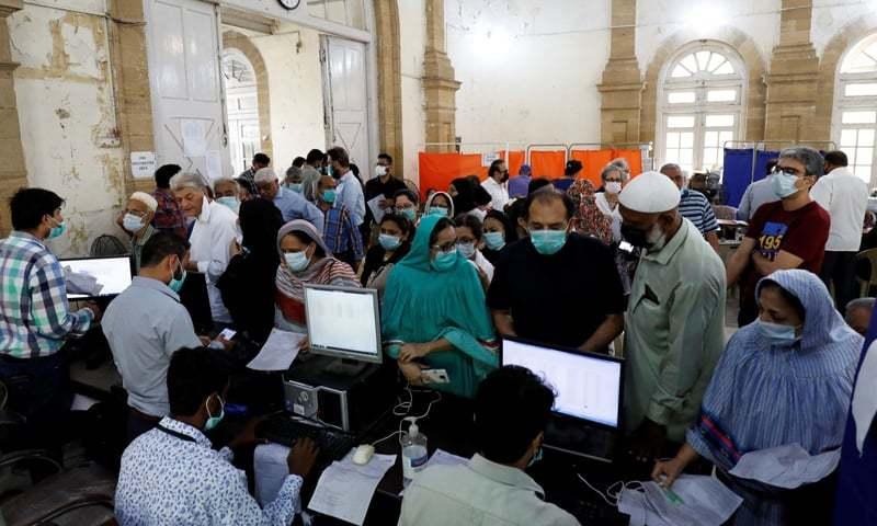 پاکستان کورونا سے متاثرہ ممالک کی فہرست میں 30ویں نمبر پر آگیا