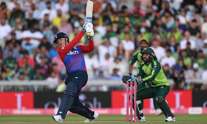 پاکستان کو تیسرے ٹی20 میں شکست، سیریز 1۔2 سے انگلینڈ کے نام