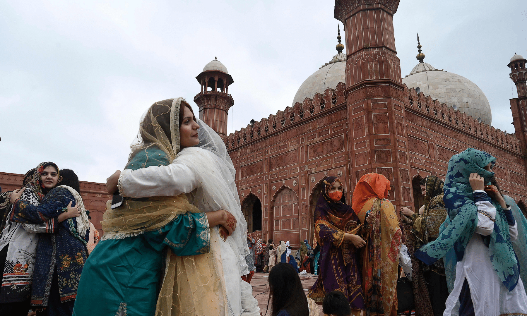تصاویر: عالمی وبا کے دوران عیدالاضحیٰ کے رنگ