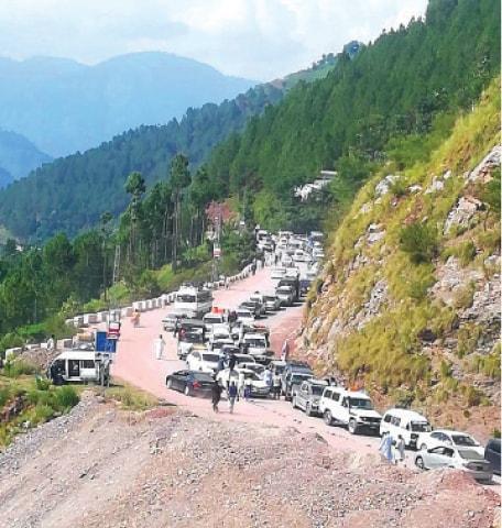 Mansehra-Naran-Jalkhad Road blocked near Hassamabad area on Sunday. — Dawn