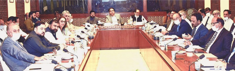 ISLAMABAD: Senate Standing Committee on Petroleum and Natural Resources chairman Muhammad Abdul Qadir is presiding over a meeting at Parliament House on Monday.—APP