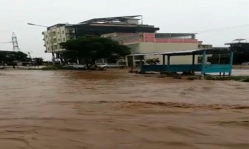 'وزیراعظم کو سمجھ آگئی ہوگی جب زیادہ بارش ہوتی ہے تو زیادہ پانی آتا ہے'