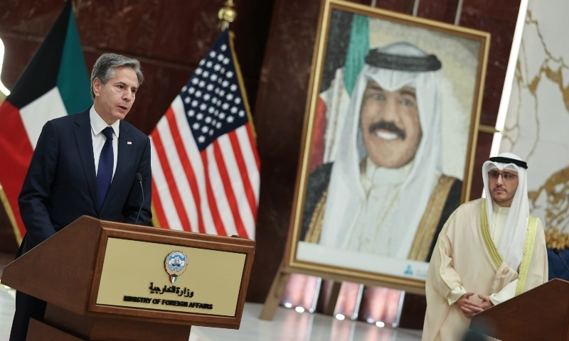 Kuwaiti Foreign Minister Sheikh Ahmad Nasser Al-Mohammad Al-Sabah and US Secretary of State Antony Blinken hold a joint news conference at the Ministry of Foreign Affairs in Kuwait City on July 29. — Reuters