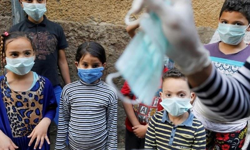 کووڈ سے متاثر بچے اس بیماری کو اپنے گھر میں پھیلا سکتے ہیں، تحقیق