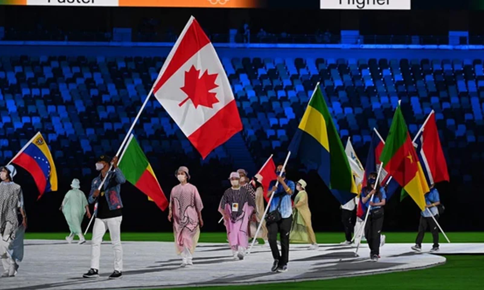 ٹوکیو اولمپکس میں میڈلز کی دوڑ میں امریکا سرفہرست اور چین کا دوسرا نمبر رہا—فوٹو: اے ایف پی