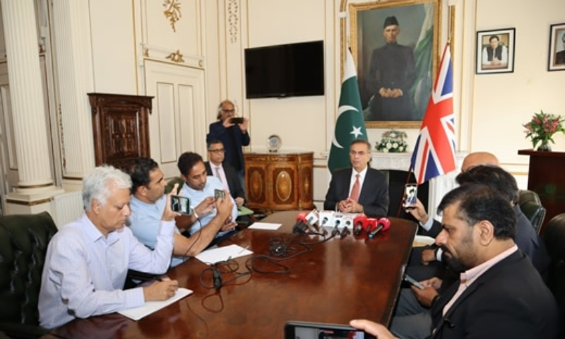 Pakistan High Commissioner to the UK, Moazzam Ahmad Khan, briefing media persons at the Pakistan High Commission, London on August 10. — Photo courtesy: Pakistan High Commission London website