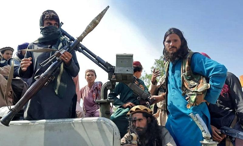 کابل کے اطراف میں متعدد مقامات پر فائرنگ کی آوازیں سنی گئیں—تسویر: اے ایف پی