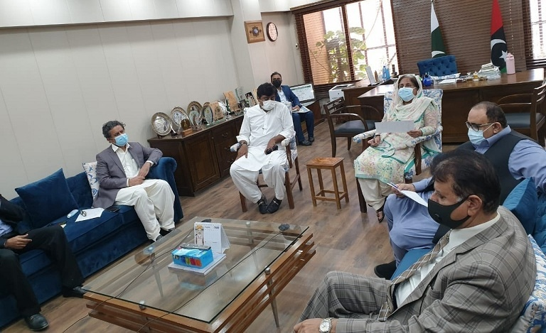 Sindh Minister for Health and Population Welfare Dr  Azra Pechuho chairs a meeting with Education Minister Sardar Shah in attendance on Monday. — Photo courtesy: Sindh Health Department (Twitter)