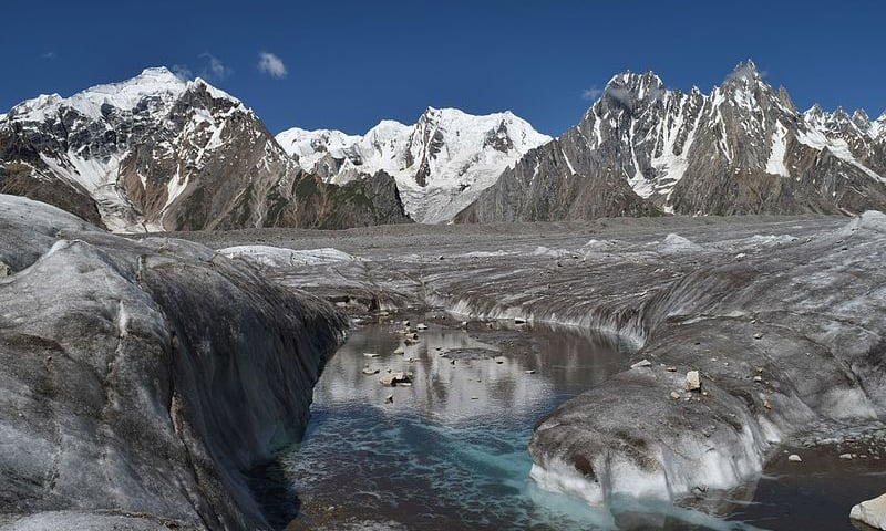 A view of the Biafo glacier. — Wikimedia Commons/File