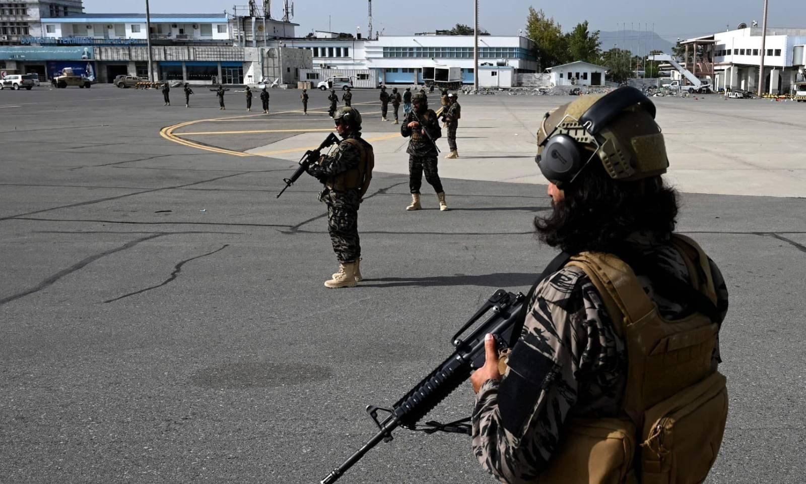 20 سال بعد امریکا کے انخلا کے بعد طالبان نے مکمل طور پر کنٹرول سنبھال لیا ہے —فوٹو: اے ایف پی