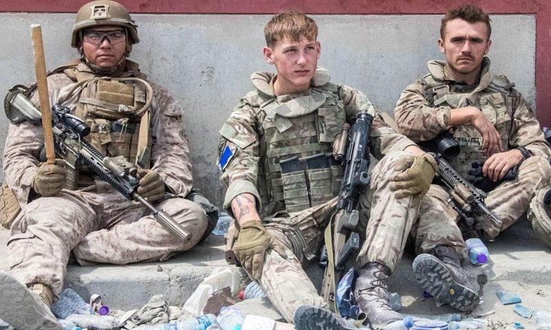 رواں برس نیٹو نے 7 کروڑ 20 لاکھ ڈالر مالیت کا سامان اور آلات افغانستان بھیجا—تصویر: رائٹرز