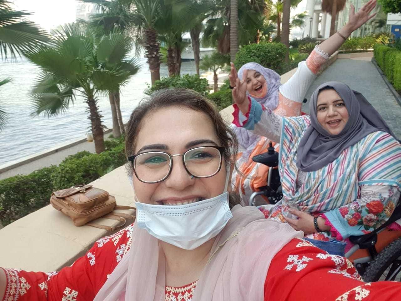 تینوں خواتین کسی دوسرے کی مدد کے بغیر مصر پہنچیں—فوٹو: تنزیلہ خان انسٹاگرام