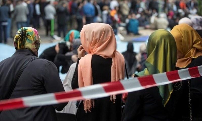 ازبکستان: اسکولوں میں طالبات کی حاضری بڑھانے کیلئے حجاب پہننے کی اجازت